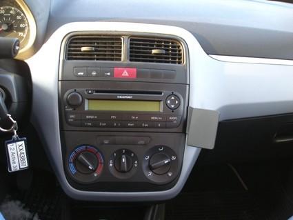 Proclip Fiat Punto Grande 06-13 Angled mount