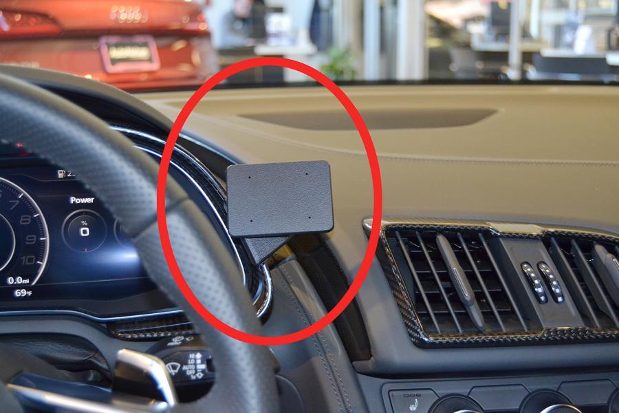Proclip Audi R8 17- Center mount