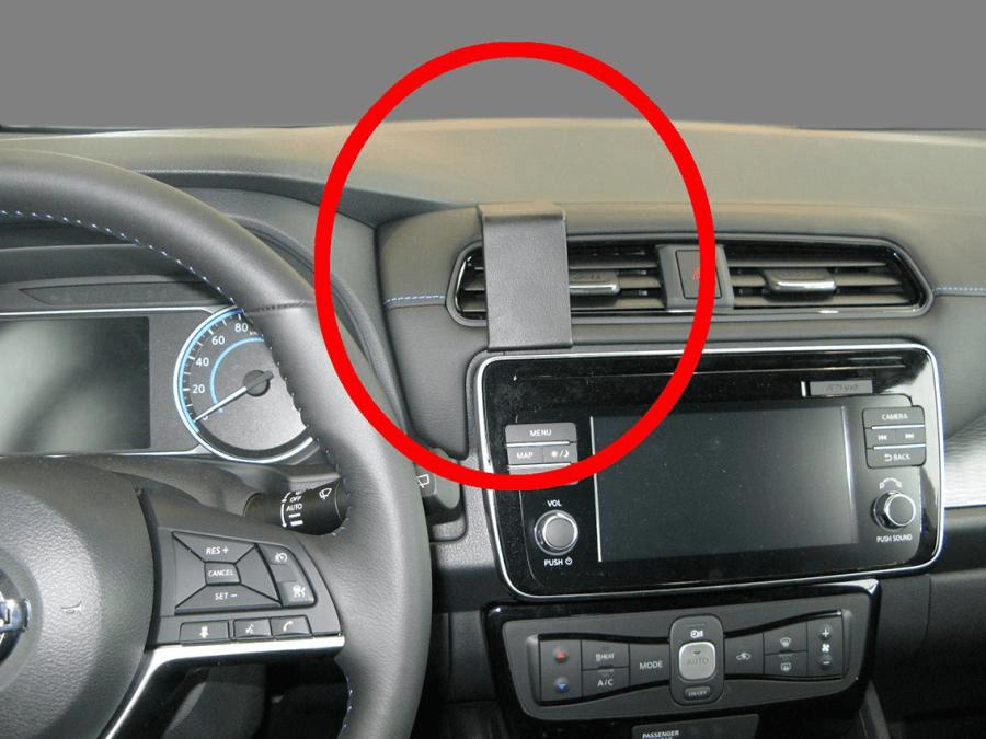 Proclip Nissan Leaf 18- Center mount